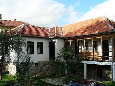 Farma Kamenica