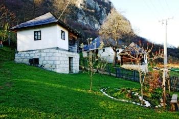 Domaćinstvo Luković